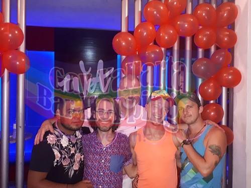 vallarta gay bar hopping